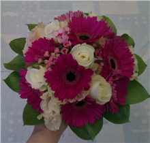bridesmaids pink and ivory posy